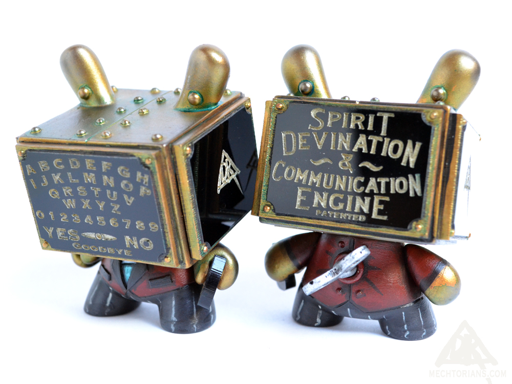 Mechtorian Spirit communication Engine custom Kidrobot Dunny vinyl toy by Doktor A.