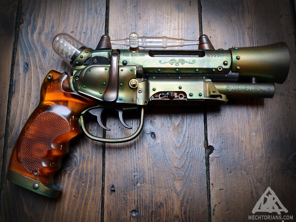 Customised Blade runner gun prop replica. Tomenosuke Blaster reworked by Doktor A ( Bruce Whistlecraft).